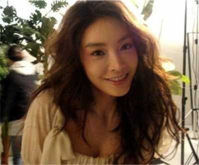 韩国女星自杀5年后沉冤得雪 韩国明星自杀